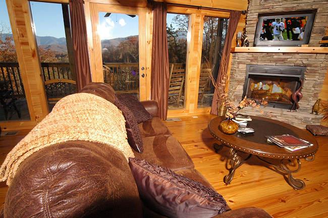 In The Mood Gatlinburg Cabin